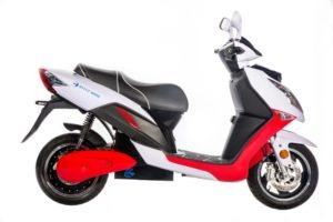 Blitz Motors lancia gli scooter elettrici ad alta velocità